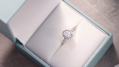 best moissanite engagement rings